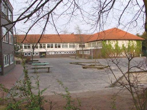 Alte Sporhalle an der Grundschule