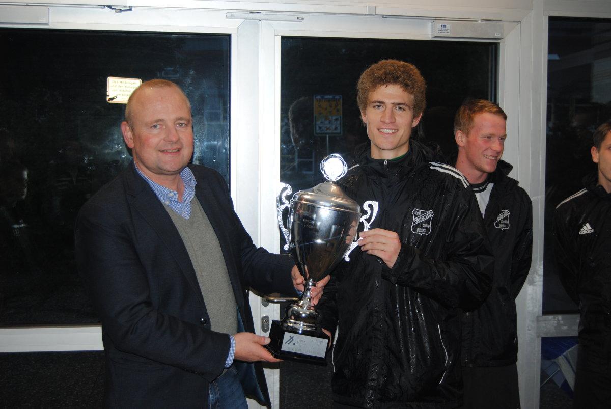 VGH Fairness-Cup von Karsten Wamhoff an 1. Herren von Eintracht Rulle