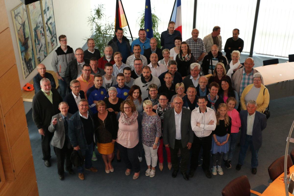 TuS Eintracht Rulle und der SSG Gournay im Wallenhorster Rathaus